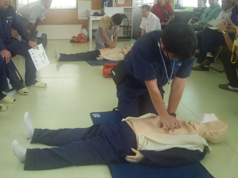 「AED救命訓練」に参加しました